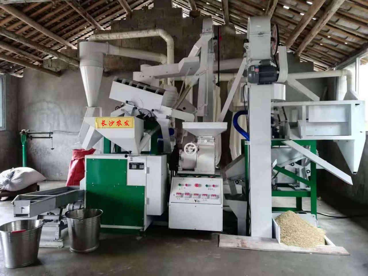 日产15吨 碾米机 价格38800元
